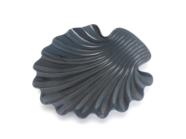 Serpentine shell dish