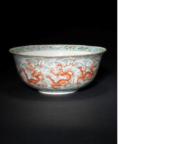 An enamelled 'dragon' bowl, Qianlong mark