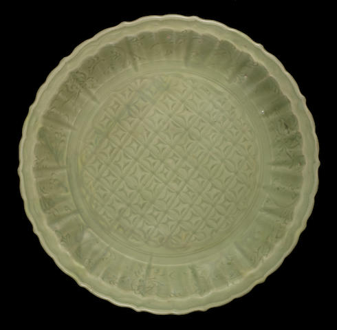 Large celadon glazed charger, 44cm diameter