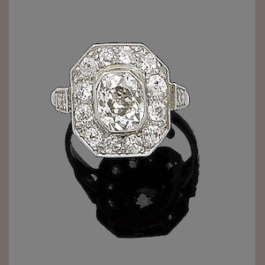 A diamond plaque ring,