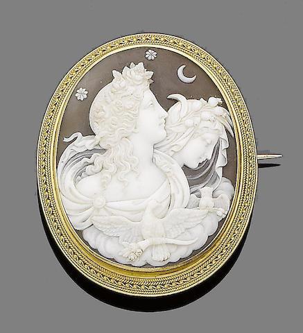 A shell cameo brooch,