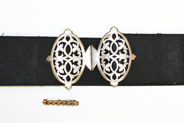 A collection of jewellery items,  (13)