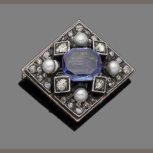 A sapphire, cultured pearl and diamond brooch
