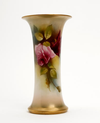 A Royal Worcester vase, painted by Gladys Farley Dated 1915