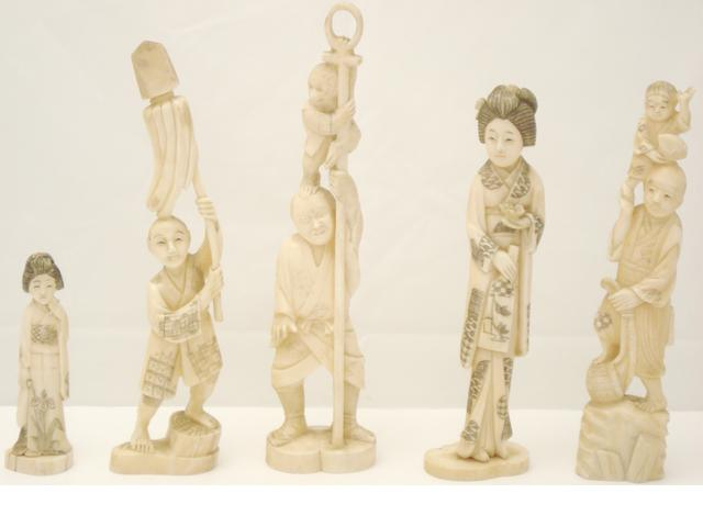 Five small marine ivory figures Early 20th century
