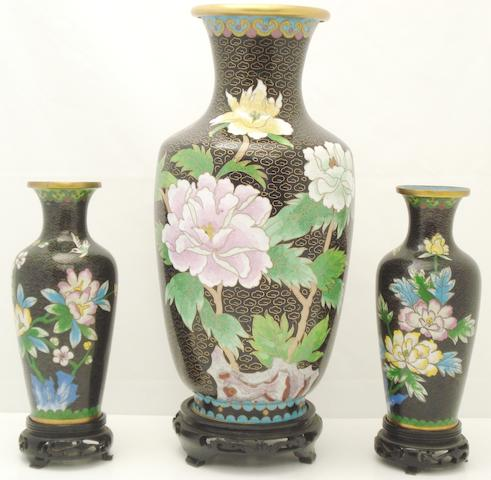 A collection of cloisonné vases and a box 20th century