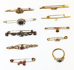A collection of vari gem-set bar brooches  (17)