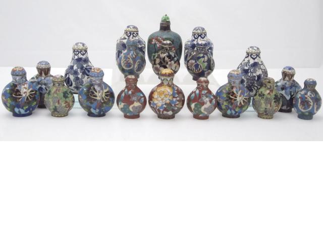 Nineteen foliate design cloisonné snuff bottles 19th/20th century