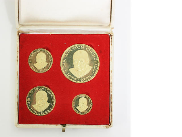 Four 18ct gold Winston Churchill commemorative medals