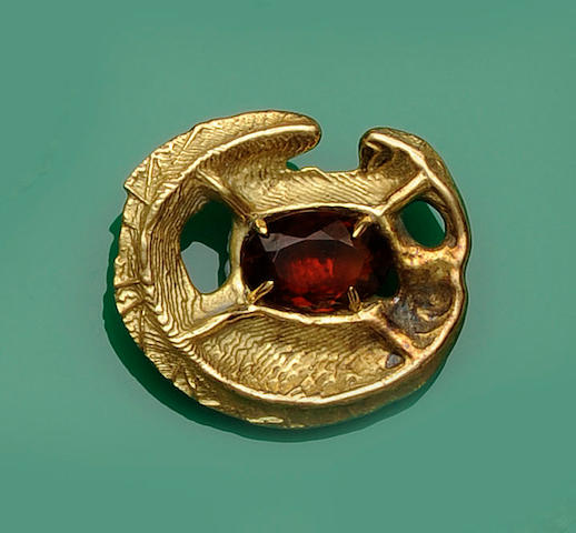 An 18ct gold and citrine abstract brooch