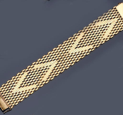 A fancy gate-link bracelet
