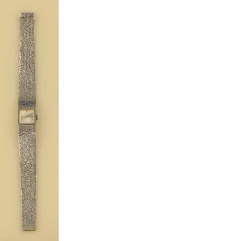 Bueche Girod: A lady's 18ct white gold wristwatch
