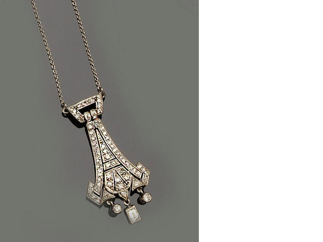An Art Deco diamond pendant