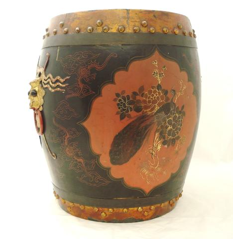 A lacquered barrel seat/vessel 19th century