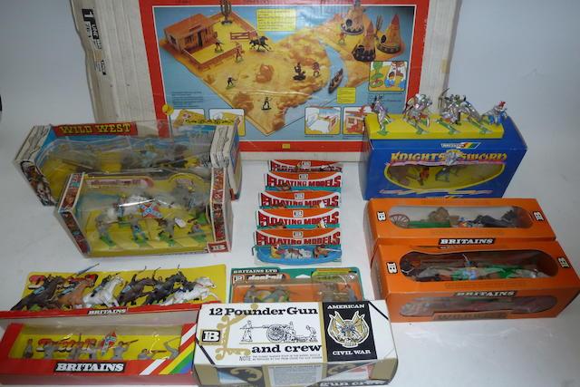 Britains plastic set 7611 Wild West Playscene 85