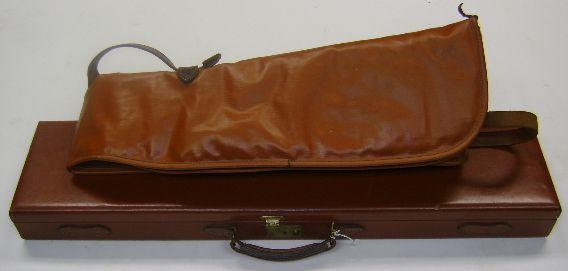 A Brady leather single-guncase (2)