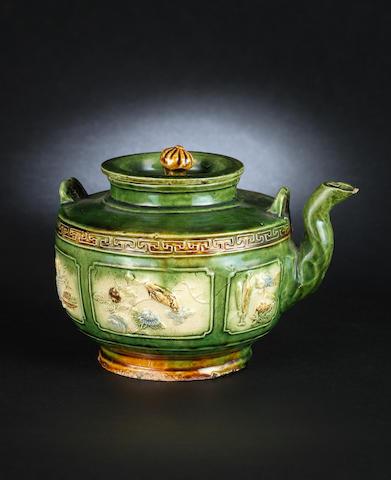 A susancai glazed pottery teapot