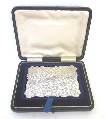 A  silver card case by H Hayes Birmingham 1902  together with a trinket box, by William Comyns, Birmingham 1907(2)