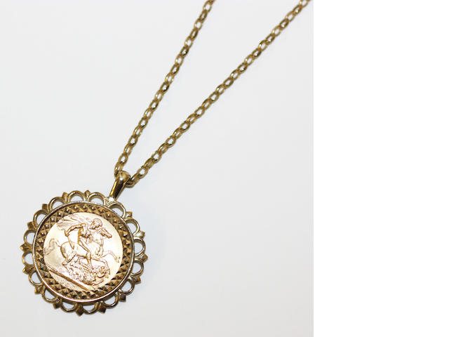 A sovereign pendant and chain,