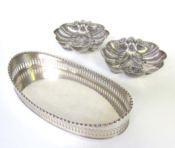 "A pair of Venetian silver shell bowls stamped ""VISINONI 925 VENEZIA""  (5)"
