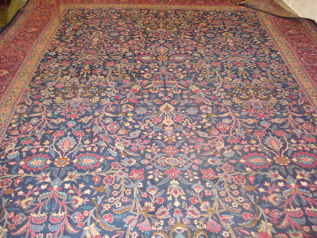 A Mahal carpet West Persia, 510cm x 331cm