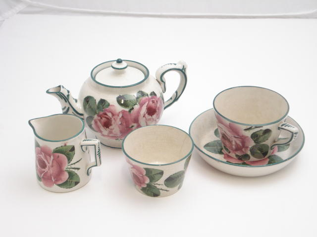 A Wemyss tea set for one 'Cabbage Roses'