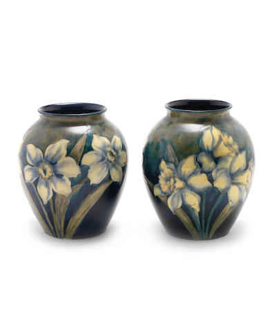 William Moorcroft 'Narcissi' a Rare Pair of Vases, circa 1916
