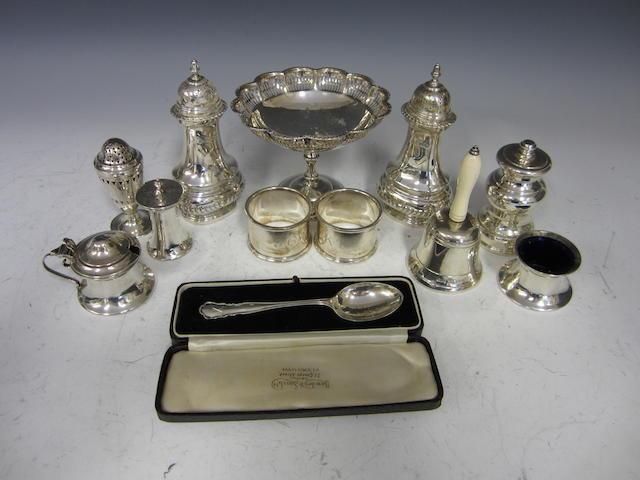 A silver pedestal bon bon dish  Birmingham 1923  (Qty)