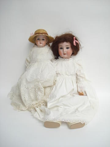 Schoenau & Hoffmeister 914 bisque head doll 2
