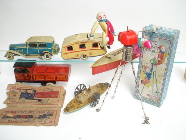Tinplate toys and games lot