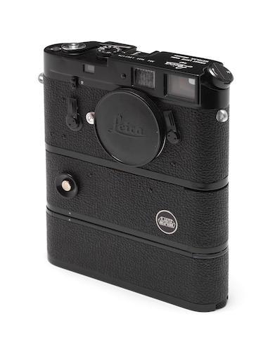 Leica M4 MOT,