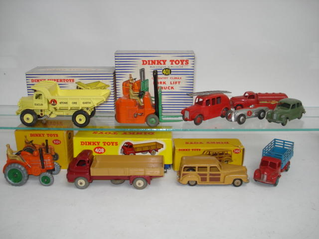 Dinky vehicles 15
