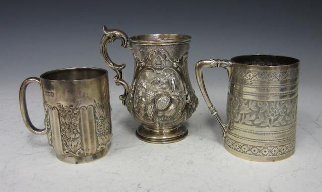 A Victorian silver baluster christening mug Glasgow 1858  (3)