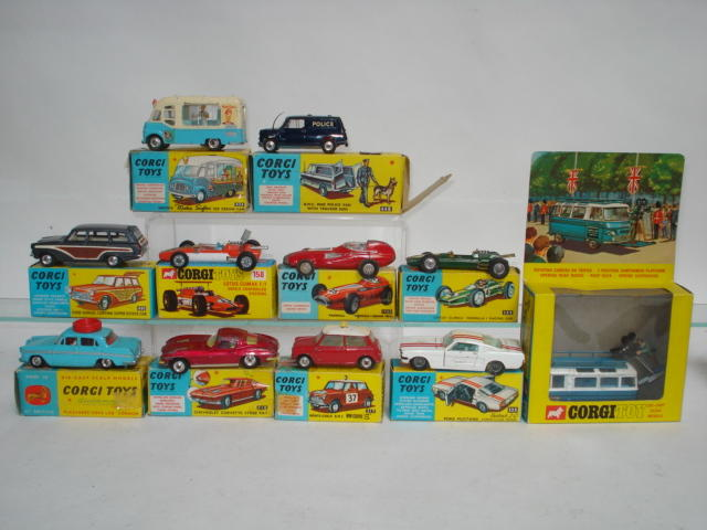 Corgi toys 12