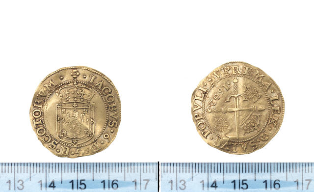 James VI, Eighth coinage, Sword and sceptre piece, 1602, Crowned arms,