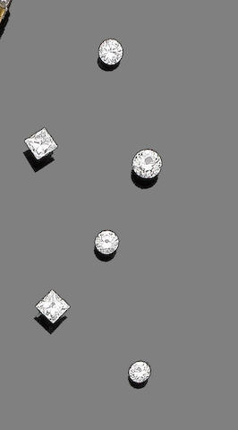 Seven unmounted diamonds (7) (partially illustrated)