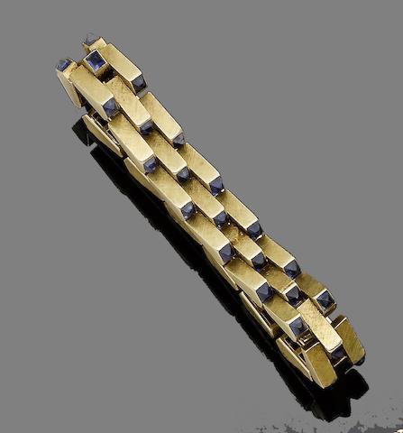 A sapphire fancy-link bracelet,