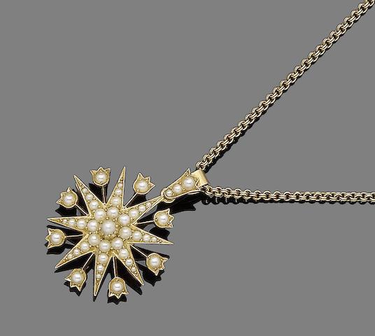 A seed pearl brooch/pendant