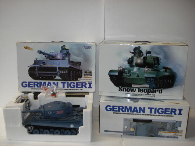 Three 1/16 scale radio control model tanks,