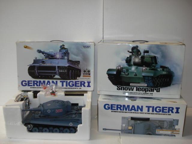 Three 1/16 scale radio control model tanks,