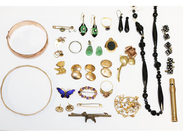 A collection of assorted jewellery, including two bangles, stamped '9ct', a pair of Art Deco onyx, jade and diamond earrings (af), a gold rose brooch and matching ring, a pair of 9ct gold cufflinks, a ruby and diamond eternity band, etc.