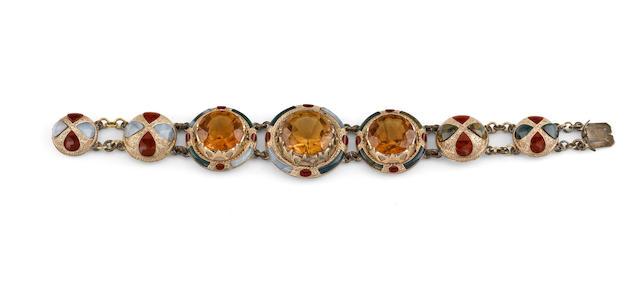 A Victorian Scottish agate bracelet