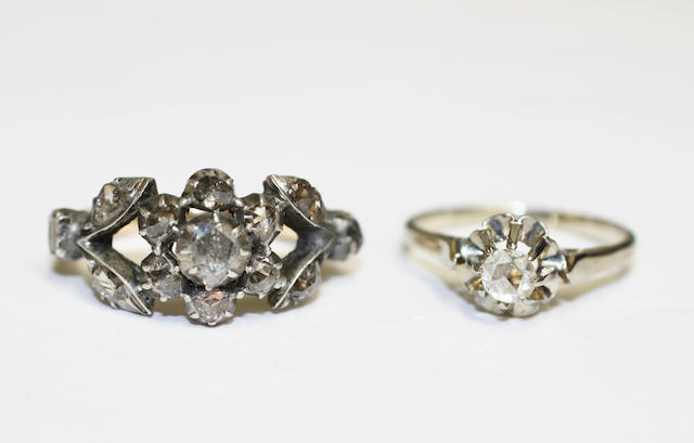 Two diamond set rings, (2)