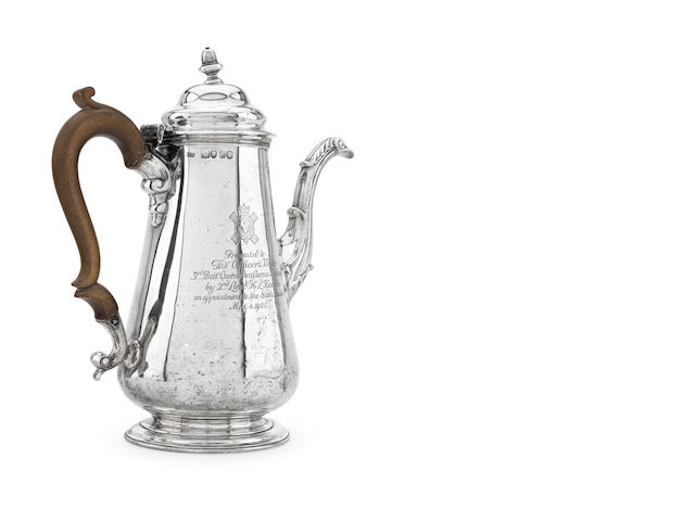A Victorian silver coffee pot with maker's mark of W.M, London 1845