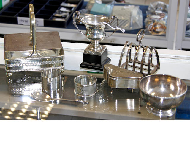 A small collection of silver and electroplated items,  (8)