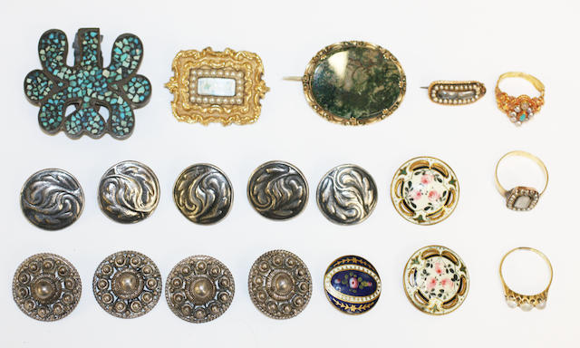 A quantity of assorted jewellery together with buttons. (a lot)