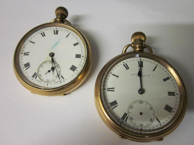Thos Russell and Sons: A 9 carat gold open face pocket watch, (2)