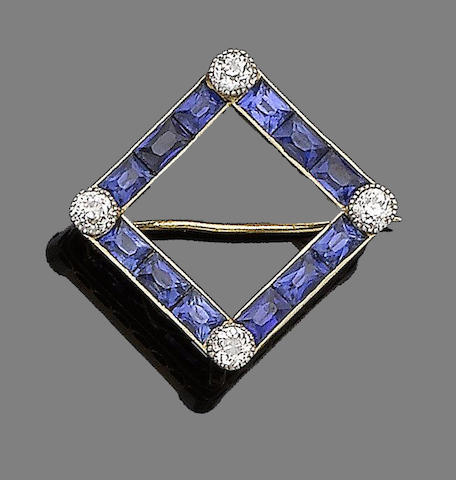 A sapphire and diamond brooch/pendant