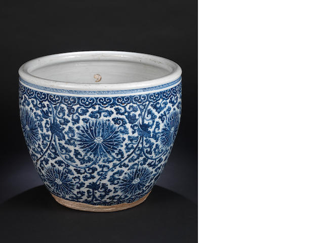 A large blue and white fishbowl 17th or 18th century