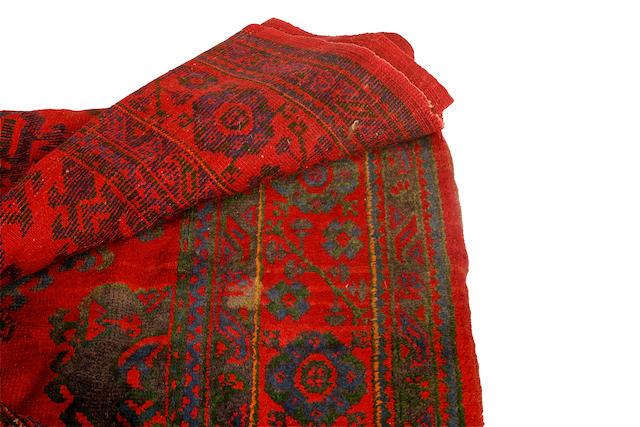 An Ushak carpet 372 x 492cm